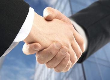 Samenwerking Financiële Makelaar en Munt