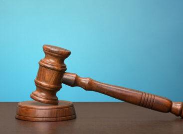 Rechtbank stelt uitspraak over hoge boeterentes uit